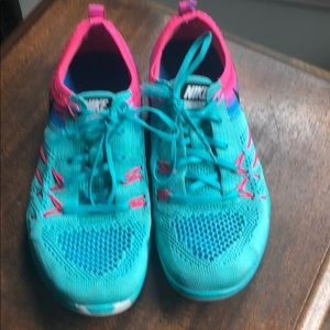 Nike Free Focus Flyknit Athletic Shoes